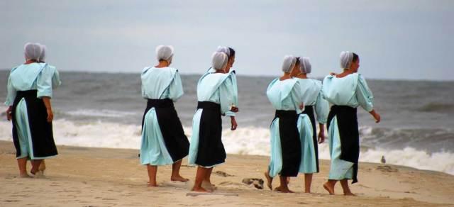 amish-women