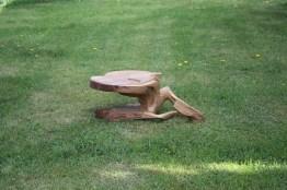 eiche-skulpturtisch