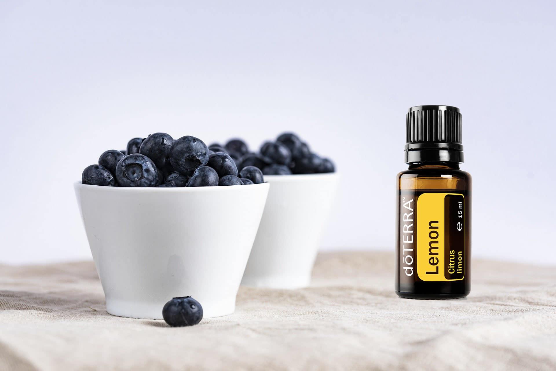 Read more about the article Blueberry Overnight Oats mit ätherischem Zitronenöl