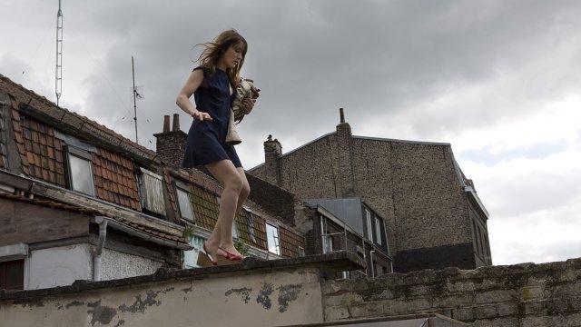 Mélodie (Anaïs Demoustier) dans une scène plutôt cocasse - Image droits réservés