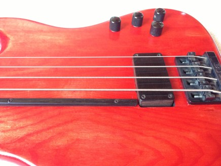 Godin Z-1 mit Le Fay Rough Crystal Pickup