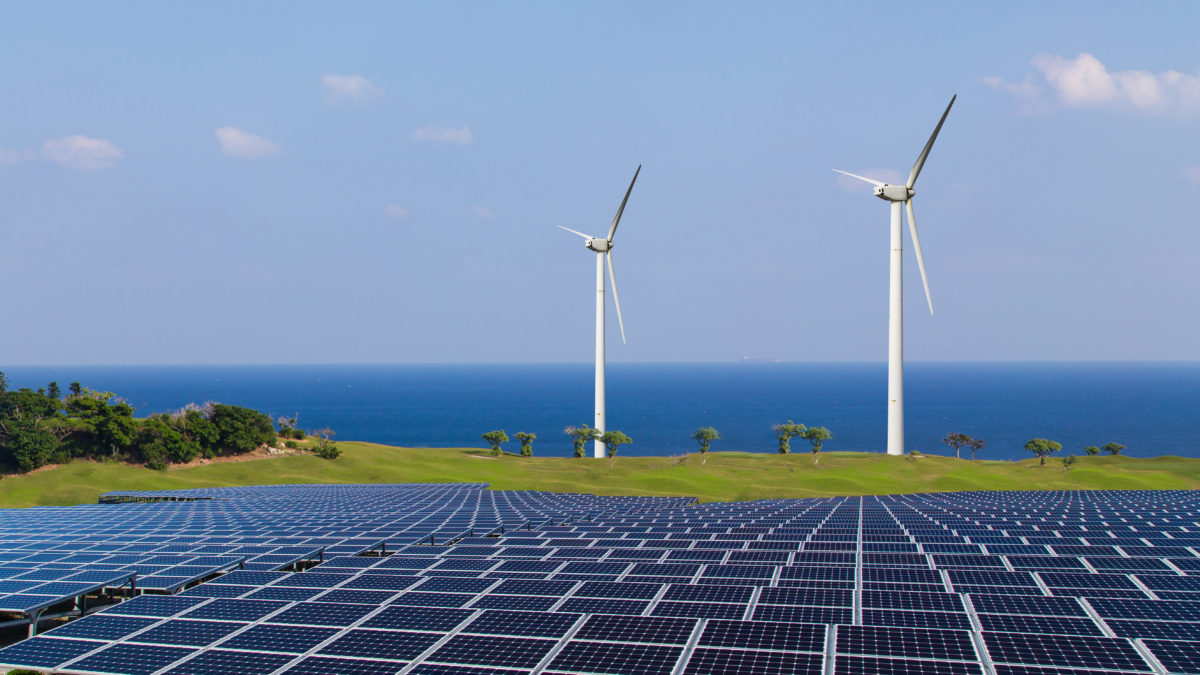 Installation solaire et éolienne marché