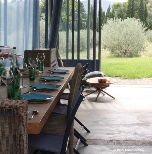déclinaison-bleu-deco-maison-jolie-table