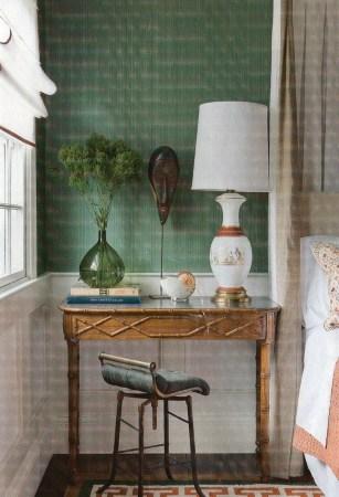 Mur-vert-émeraude-ses-associations-dans-ma-déco-papier-peint-vert-chambre