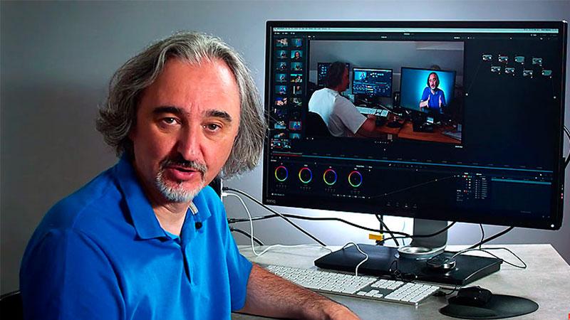Le moniteur vidéo BenQ PV3200PT