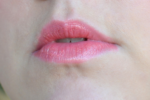 lip-glow-to-the-max-dior-coral