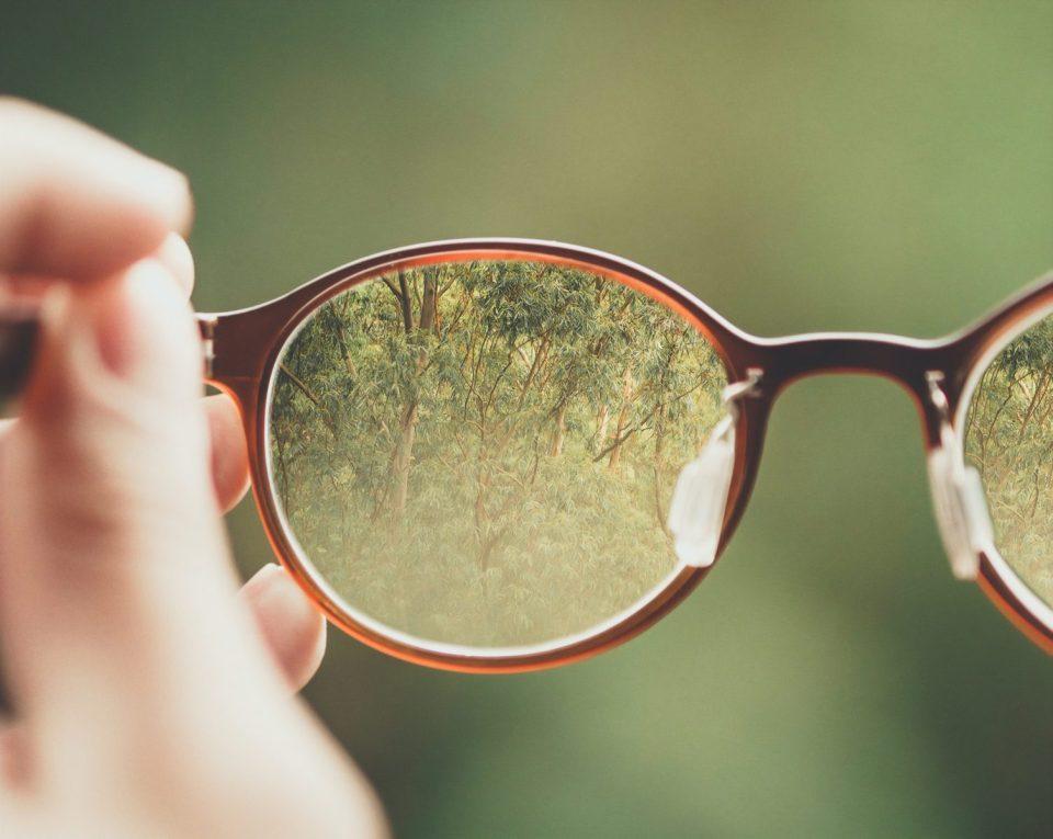 les lunettes auparavant chères sont devenues plus abordables