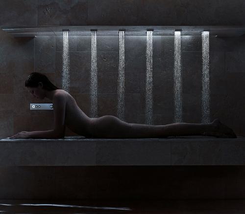 la douche horizontale by donbracht le blog des tendances. Black Bedroom Furniture Sets. Home Design Ideas