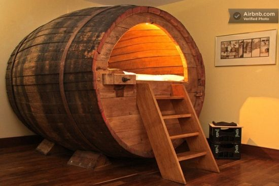 beer-barrel-bedroom