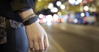 bracelet connecté Sony Smartband SWR10