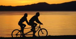 Tandem no por do sol