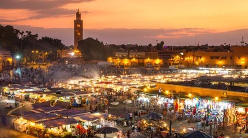 La place Jemaa-El-Fna à Marrakech - Le blog du hérisson