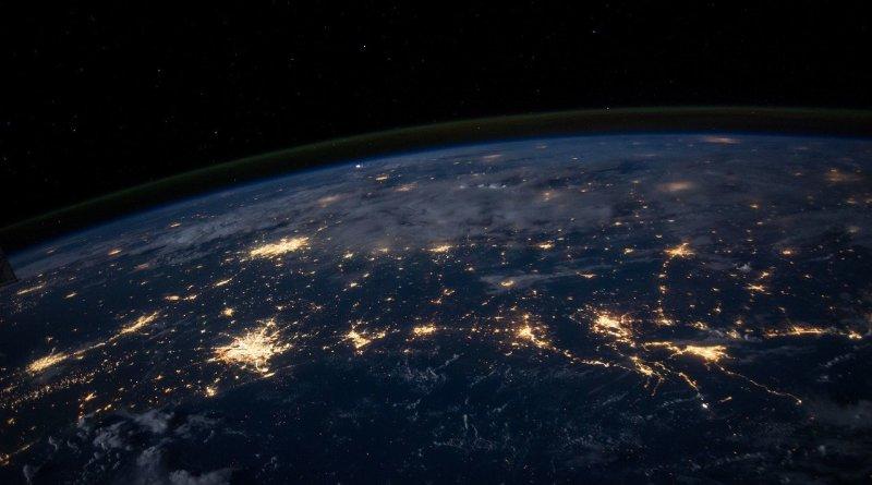 Pollution lumineuse : une menace pour l'écosystème - Le blog du hérisson