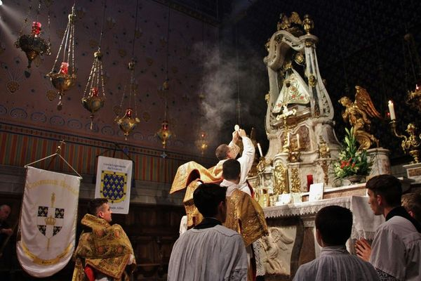 Elévation du Sacré Corps du Christ