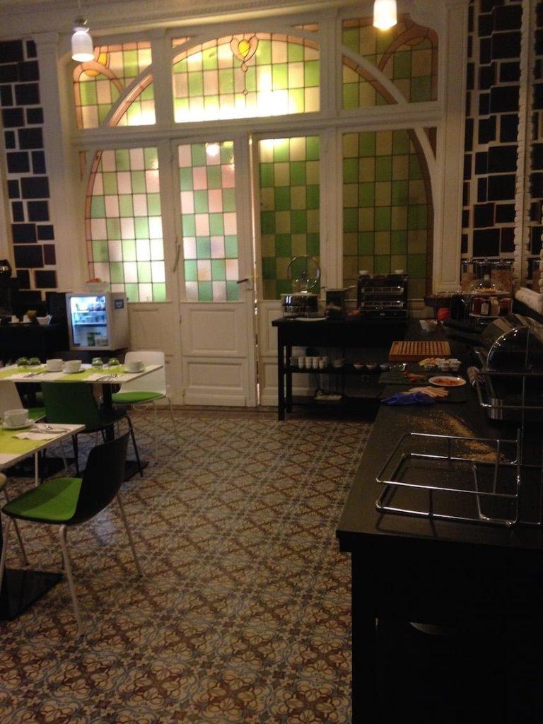 Le grand hôtel du midi-Montpellier- La provinciale