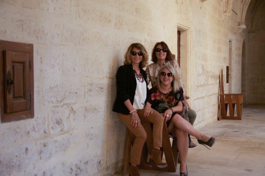 3 Femmes majuscles-la provinciale.:2
