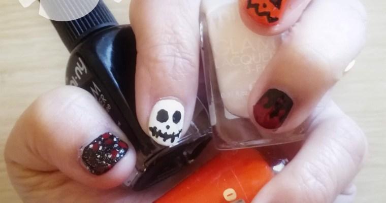 Una nail art per Halloween terrificante... in tutti i sensi