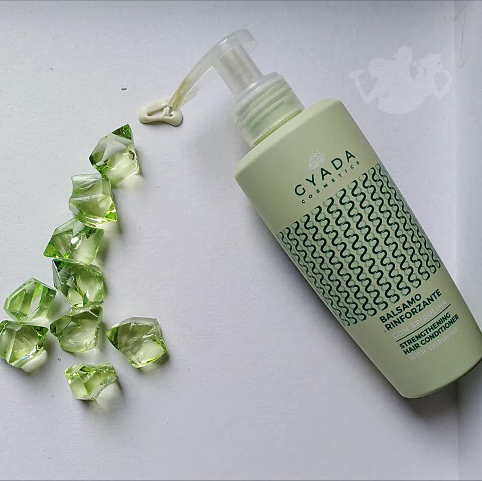 Linea capelli rinforzante con spirulina - Gyada