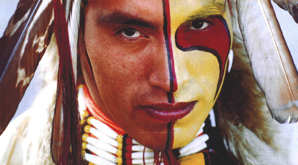 indien-assiniboine-face-paint-tribal
