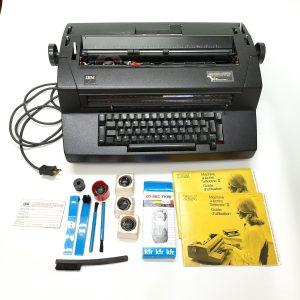 Selectric II typewriter IBM Vintage