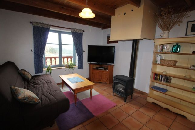 Salon du gîte en Ardèche avec vue