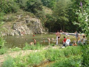Baignade à proximité du Bosc à Labatie d'Andaure