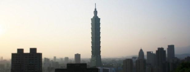 Vue sur Taipei 101, dominant Taipei de ses 509 mètres.