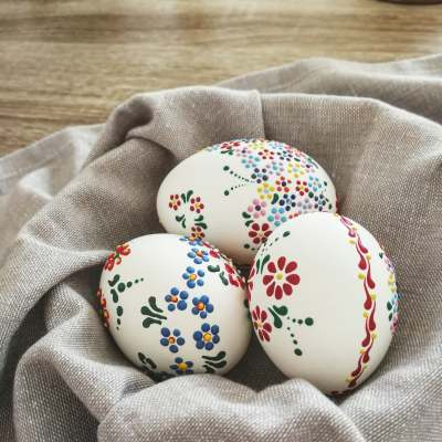 Easter egg decorating – easy and cheap wax technique!