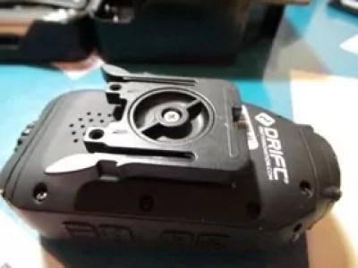 Dessous de la caméra avec support