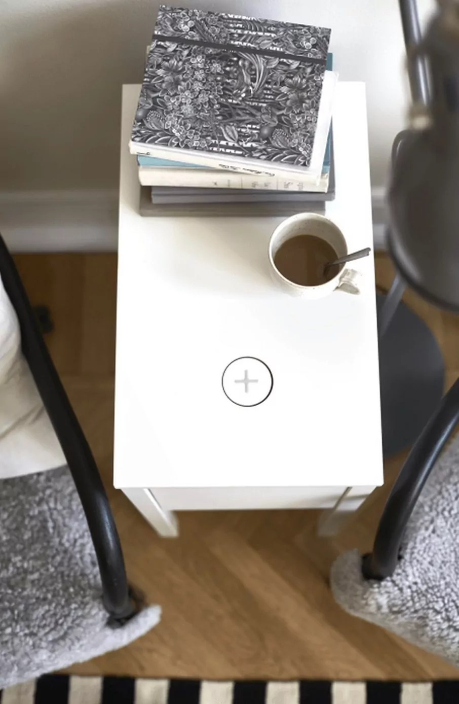 IKEA-Qi-wireless-charging-furniture-z5