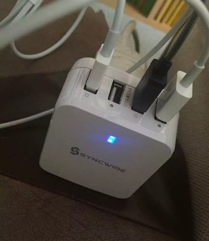 Chargeur_SyncWire_003