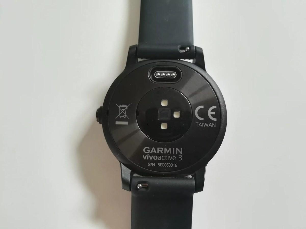 Garmin Vivoactive 3 back