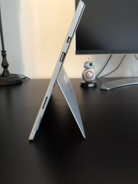 Connectique Surface Pro 2017