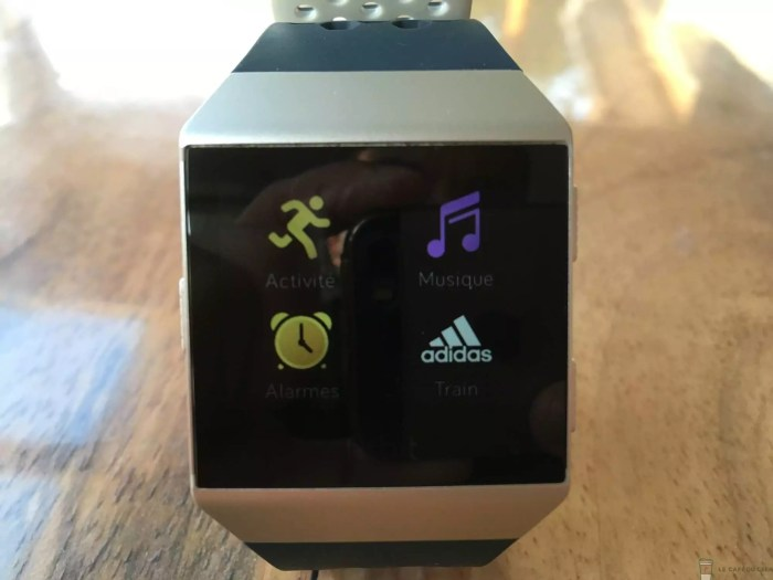 Fitbit Ionic Adidas