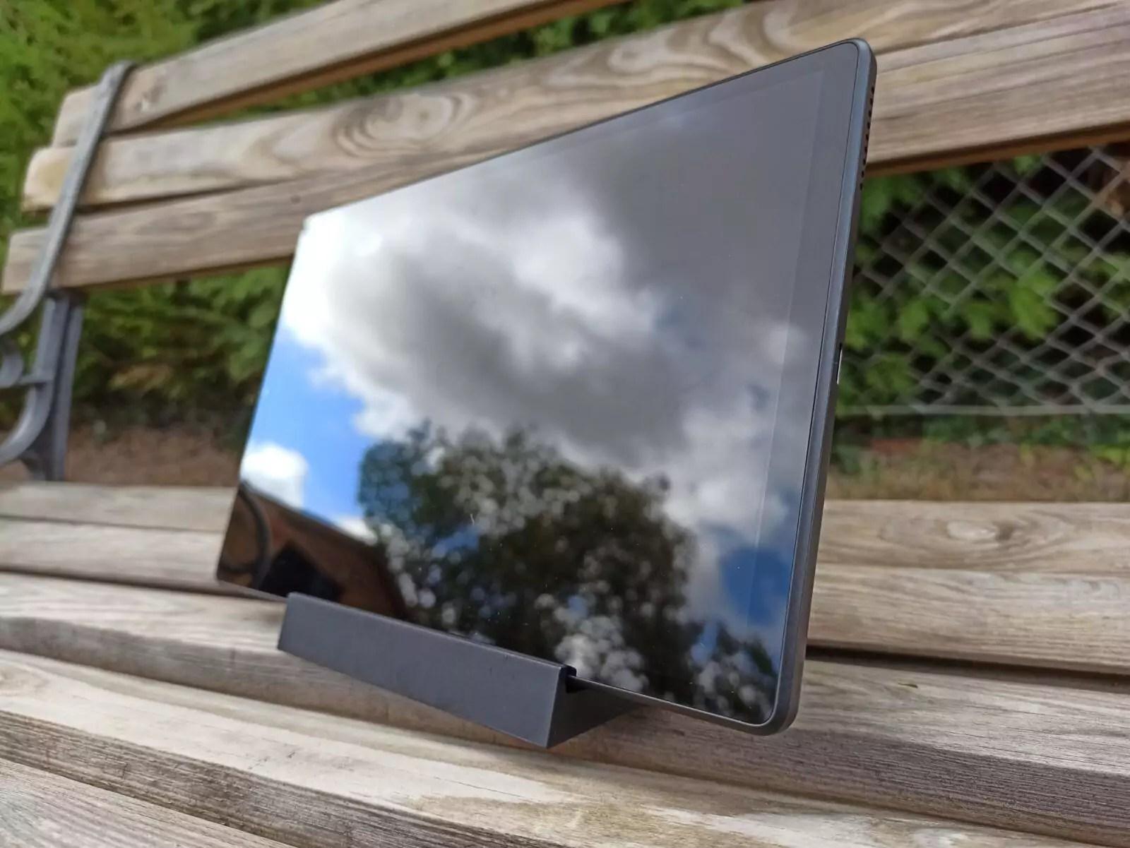 Lenovo-Tab-M10-FHD-Plus-2e-gn.-Design-5