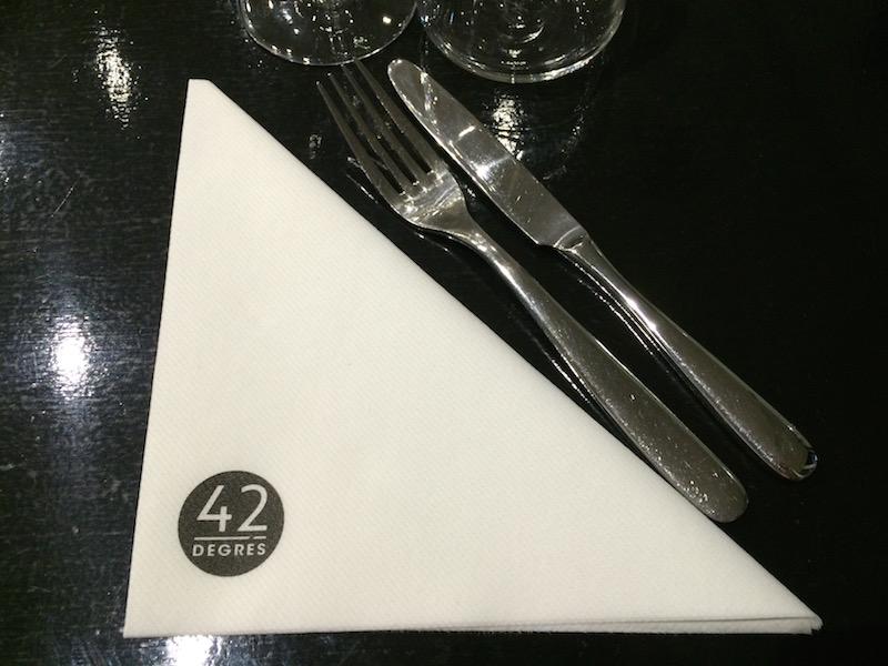 """J'ai testé pour vous : """"42 degrés"""", un restaurant vegan et cru à Paris"""