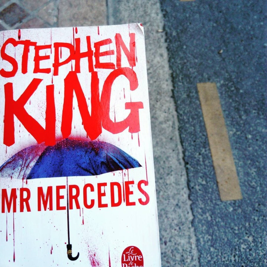 Avis de lecture sur le roman policier MR Mercedes de Stephen King aux éditions Le Livre de Poche