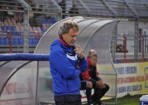 L'allenatore del Fondi, Sandro Pochesci