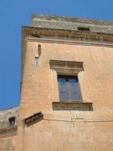 palazzo-carignani-a-lecce-doccione