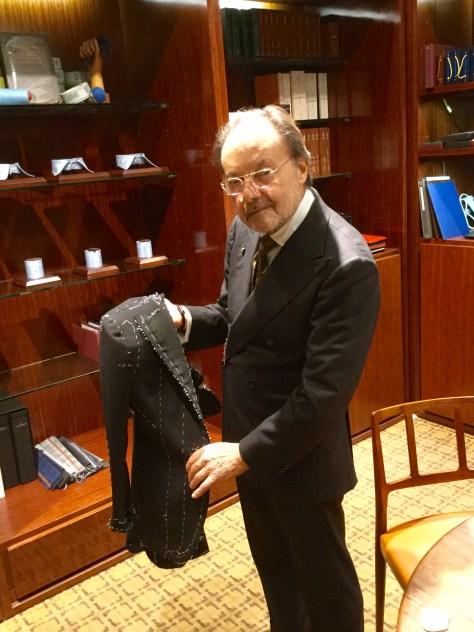 仮縫いジャケットとマエストロ・ルイジ