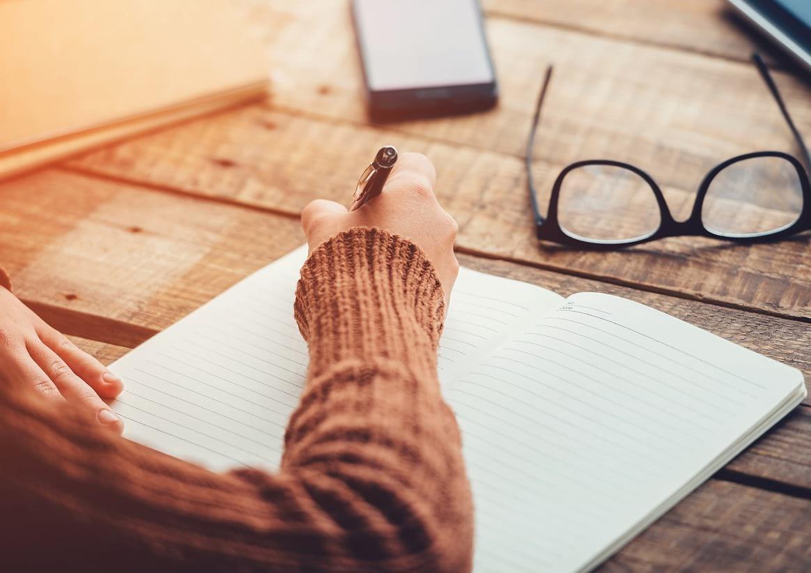 El arte de la escritura es terapéutica | Le Chat Magazine