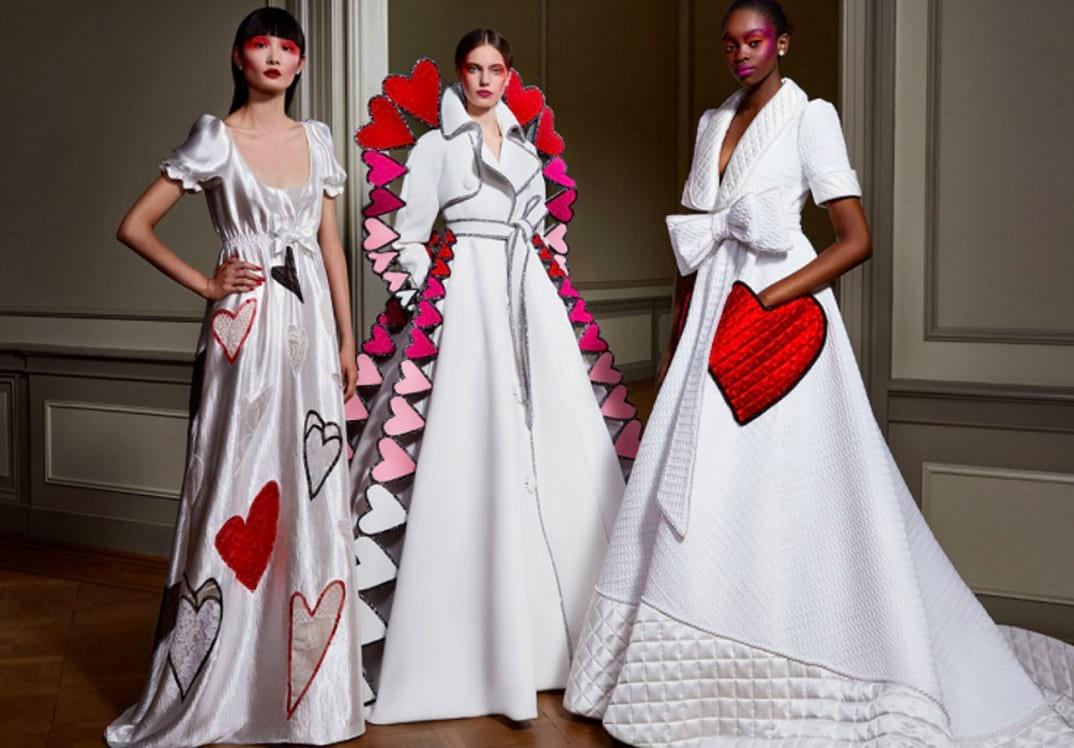 El miércoles finalizó la Semana de Alta Costura de París, que este año fue digital. Aquí la review de este evento de moda esperado.