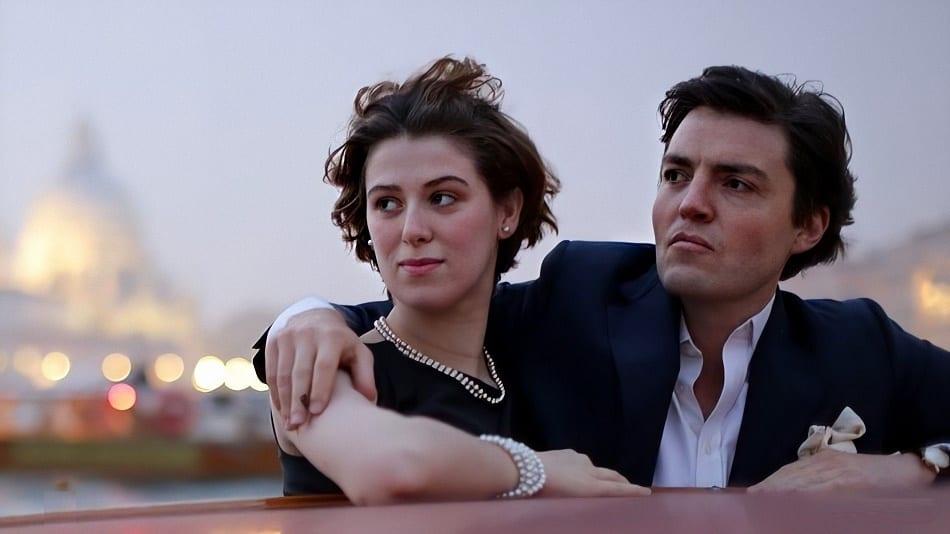 'THE SOUVENIR': UN RETRATO DEL ROMANCE TÓXICO EN NETFLIX
