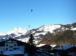 Heißluftballons über Mégeve
