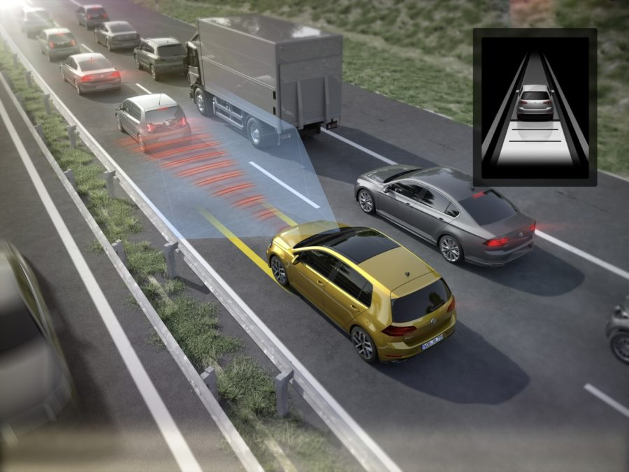 Traffic Jam Assist_Volkswagen Golf _ illustration Volkswagen