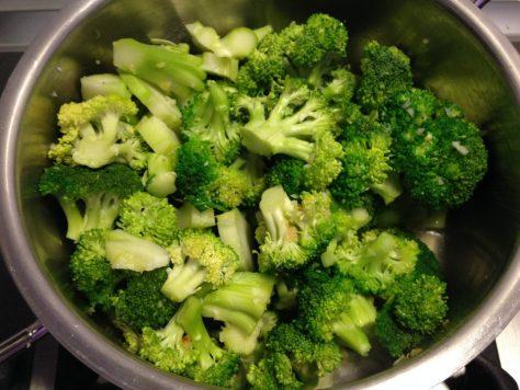 Brokkoli in Knoblauch