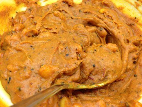 Safran Gewürz Butter mit Pinienkernen und Minze