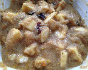 Amaranth Porridge mit Birne Banane Cahew und Erdmandelmus