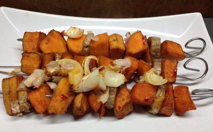 Süßkartoffe Bananen Spieße mit Saté