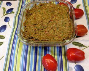 Tomaten Pesto mit Cranberries, Sesam und Minze